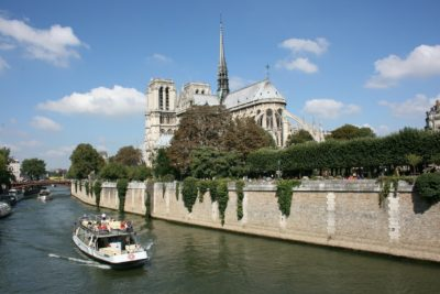 Paris tour with Eiffel Tower lunch & cruise