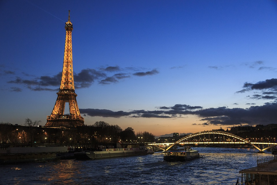 Seine cruise by night