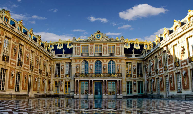 Guided Versailles tour